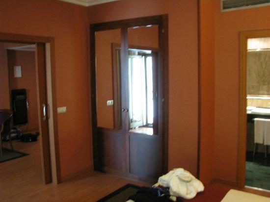 Hotel Becquer: room 2