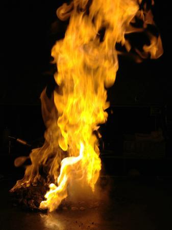 Chai Yo : Flames