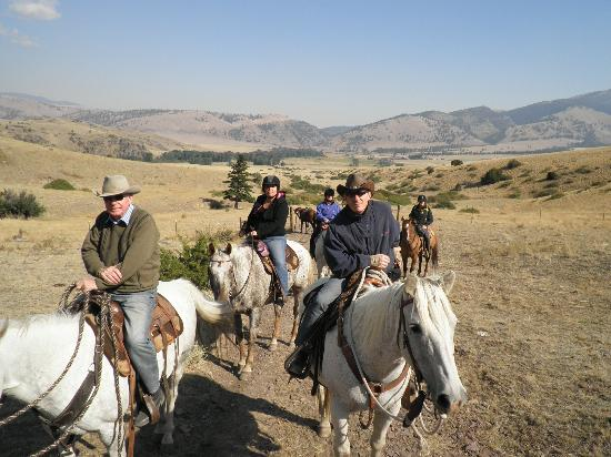 Rocking Z Guest Ranch: Out enjoying the stunning scenery