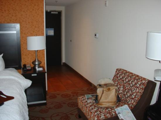Hampton Inn & Suites Chattanooga / Downtown: room