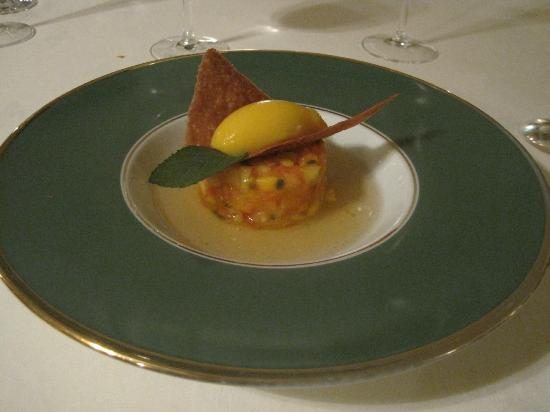Royal Champagne: AMAZING food - part of the tasting menu