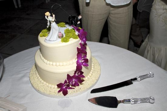 Swiss Pastry Shop: Our wedding cake ;)