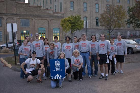Minneapolis, MN: CRT takes in the site with the runners at the mill museum