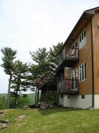 The George Ellen Bed and Breakfast: View of the balconies of the rooms