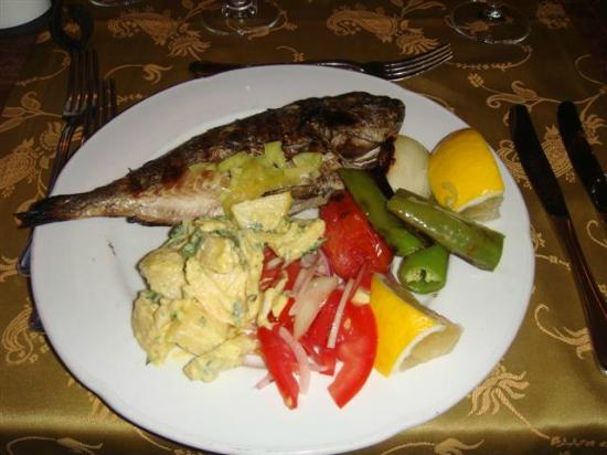 Hapimag Resort Sea Garden: Grilled fresh all inclusive fish!