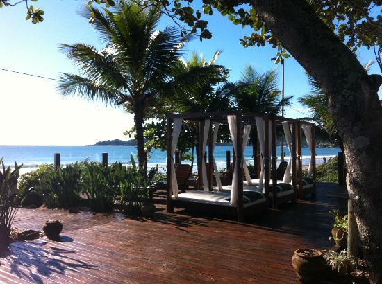 Pousada Mauna Lani: Saindo da pousada rumo a areia!