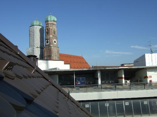 Hotel Mercure Muenchen Altstadt: View from window