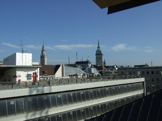 Hotel Mercure Munich Altstadt: Another view from room