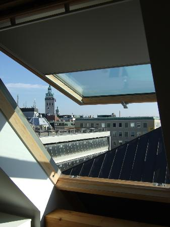 Hotel Mercure Munich Altstadt: View from window