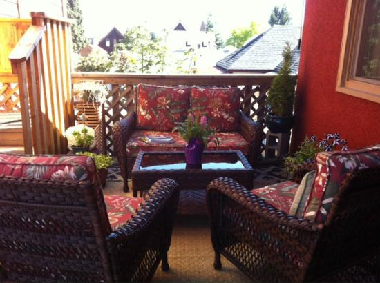 Stansbury's Guest House: Outdoor Patio
