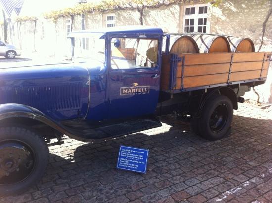 Martell Cognac : Martell truck