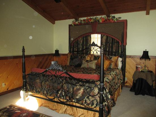 Mary Helen's Bed & Breakfast and Fine Dining: Divine