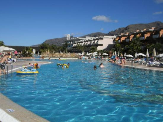 Holiday Village Tenerife: main pool