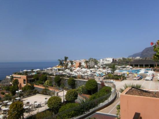 Holiday Village Tenerife: View from room in D block of quiet pool