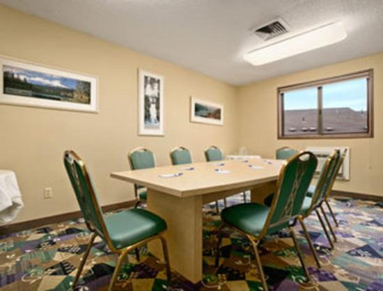 Motel 6 Clackamas: Meeting Room