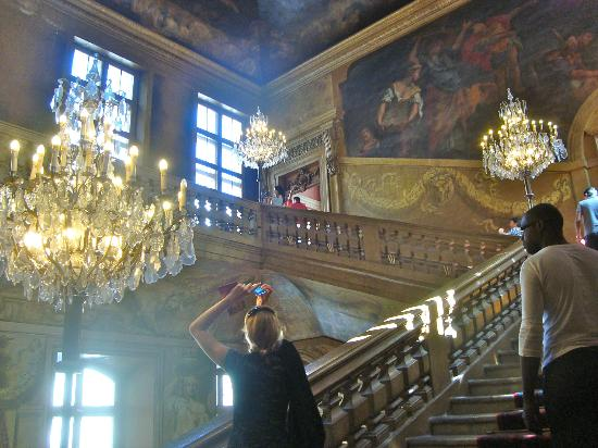 Hotel de Ville: main stairway Lyon Hotel de Ville