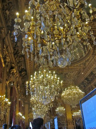 Hôtel de Ville: some of the many chandeliers in the Lyon Hotel de Ville