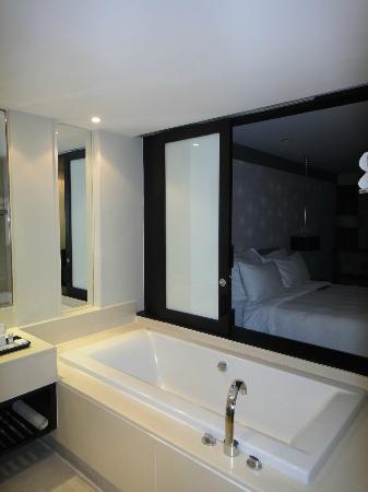 Le Meridien Chiang Rai Resort: Bath