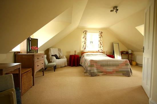 Ilex House Bed & Breakfast: The largest double bedded room