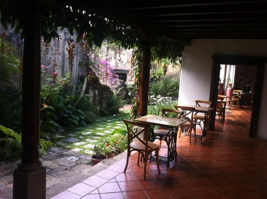 Hotel Cirilo: Diner