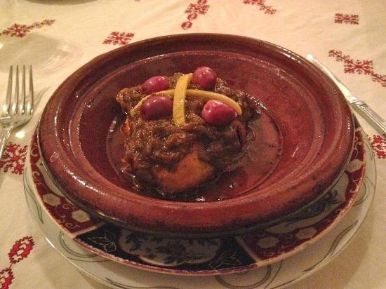 Dar Touria: Baked chicken with caramelized onions and lemon