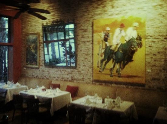Allora Pizzeria & Ristorante: south wall