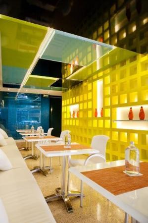 โรงแรมรูม เมท วาเลนตินา: Restaurant