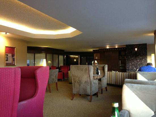 Delta Quebec: 12th floor lounge