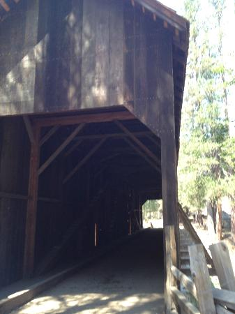 Pioneer Yosemite History Center: Covered Bridge for walking and horses