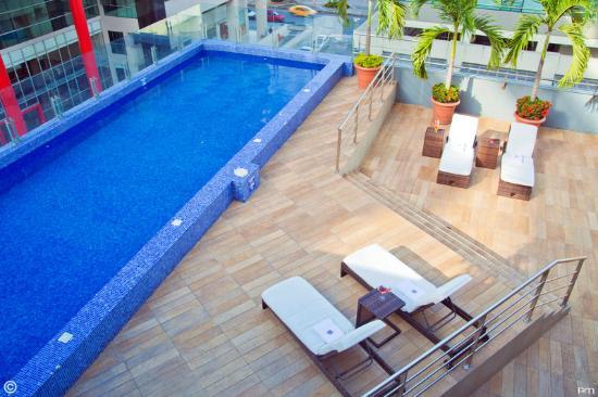 Sonesta Hotel Guayaquil: Pool