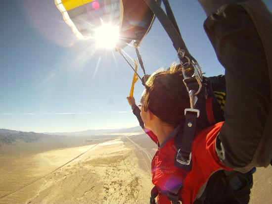 Vegas Extreme Skydiving : Sky Dive Vegas