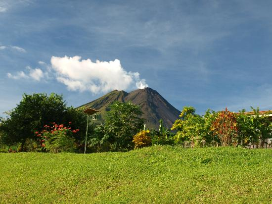 Arenal Volcano Inn: View from room 205
