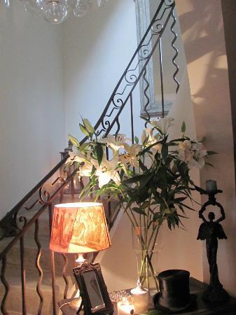 Cote Lourmarin: Stairs