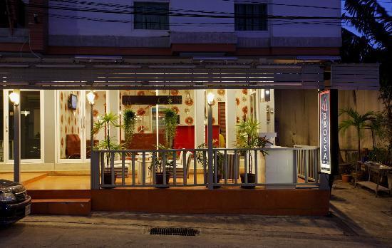 B-Bossa Patong Hotel: Hotel Exterior