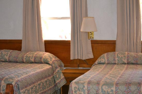 Las Palmas Hotel: Clean, quiet and comfortable rooms