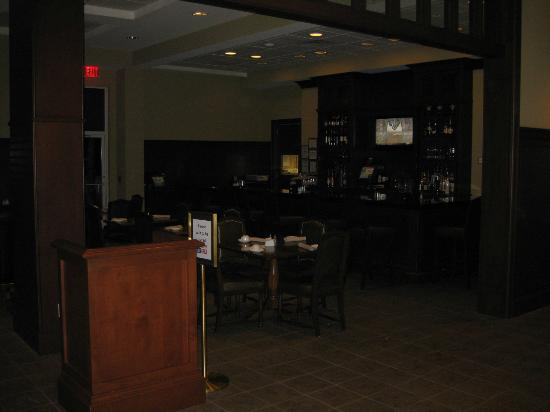 Sheraton Houston West: The bar area