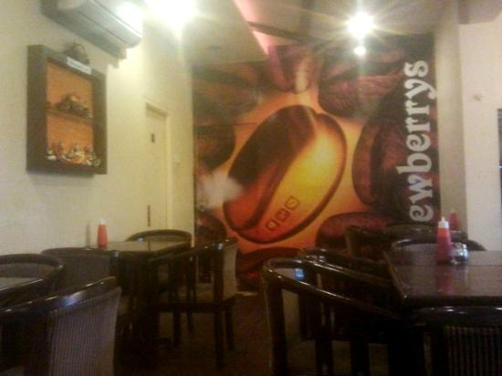 JenJon's Lavasa Brewberrys Cafe : BB1