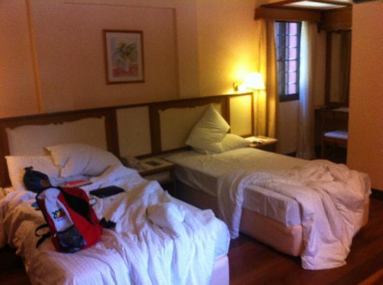 Berjaya Tioman Resort - Malaysia: The room did have beds..