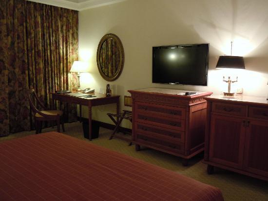 Sheraton Hanoi Hotel: 房間一角