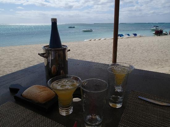 LUX* Le Morne: The Beach restaurant