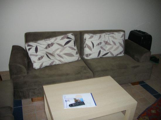 Sirma Hotel: Sofa