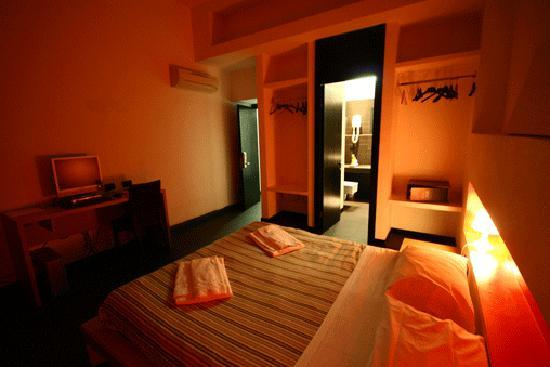 M&J Hostel: Private Room