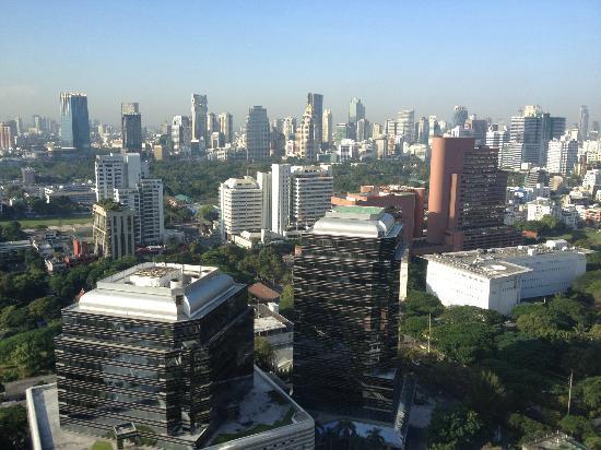 Conrad Bangkok Hotel: 32階客室からの眺め