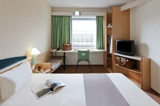 Photo of Etap Hotel Granada