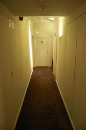 Hotel Julien: Corridoio