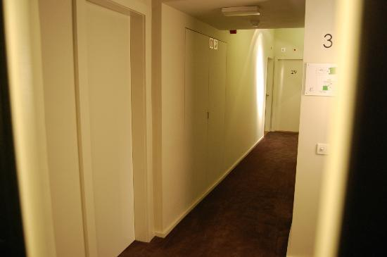 Hotel Julien: corridoio2