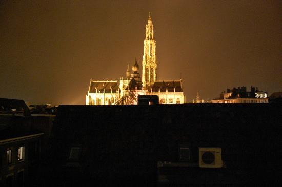 هوتل جولين: Vista dal terrazzo1 