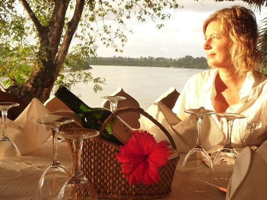 Thalassa restaurant & lounge : Thalassa TUDOR Creek view