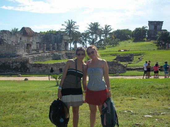 Avenida Tulum: visitando las ruinas