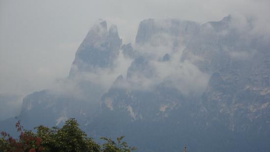 Il Salto/ Salten : misty mountain